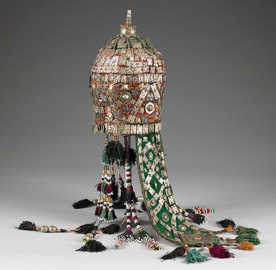 all-the-colors-of-the-rainbow_uzbekistan-ikats_-birmingham-museum-of-art_ikat39a