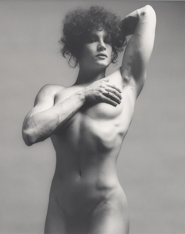 robert-mapplethorpe_lisa-lyon-600px