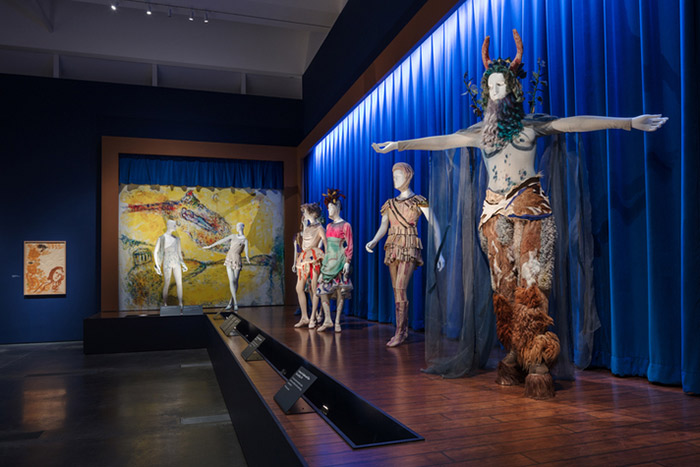 lacma_chagall-fantasies-for-the-stages_daphnis-and-chloe-costumes3_w