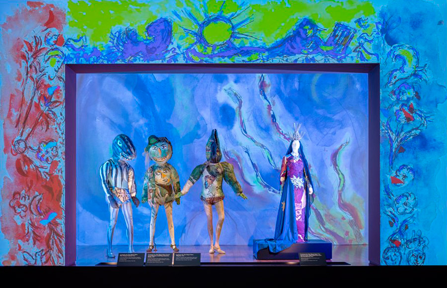lacma_chagall-fantasies-for-the-stages_the-magic-flute-costumes6_w.jpg