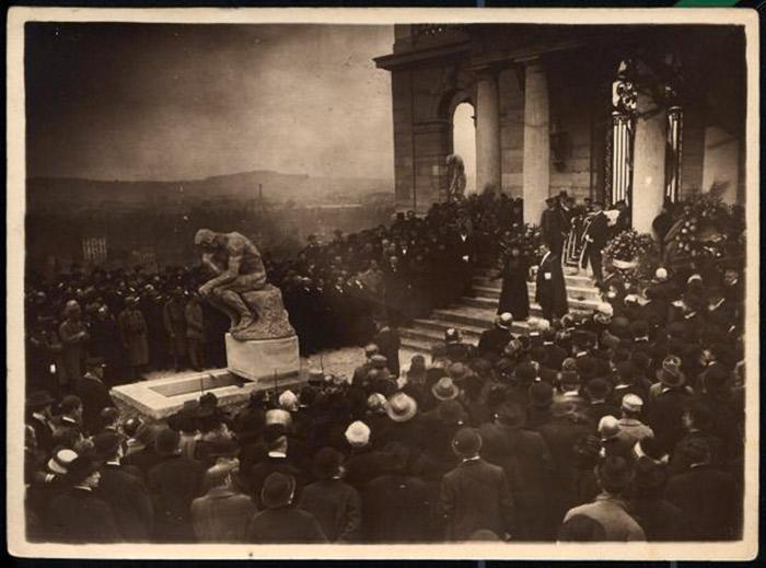 Auguste-Rodin-funeral_w