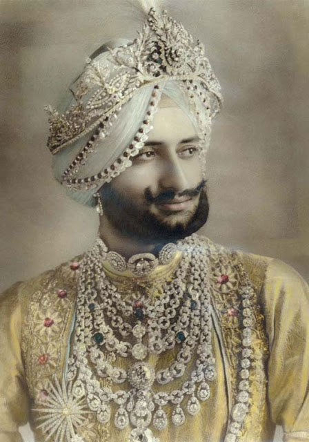 Maharajah of Patiala, Yadavindra Singh. Patiala Necklace.