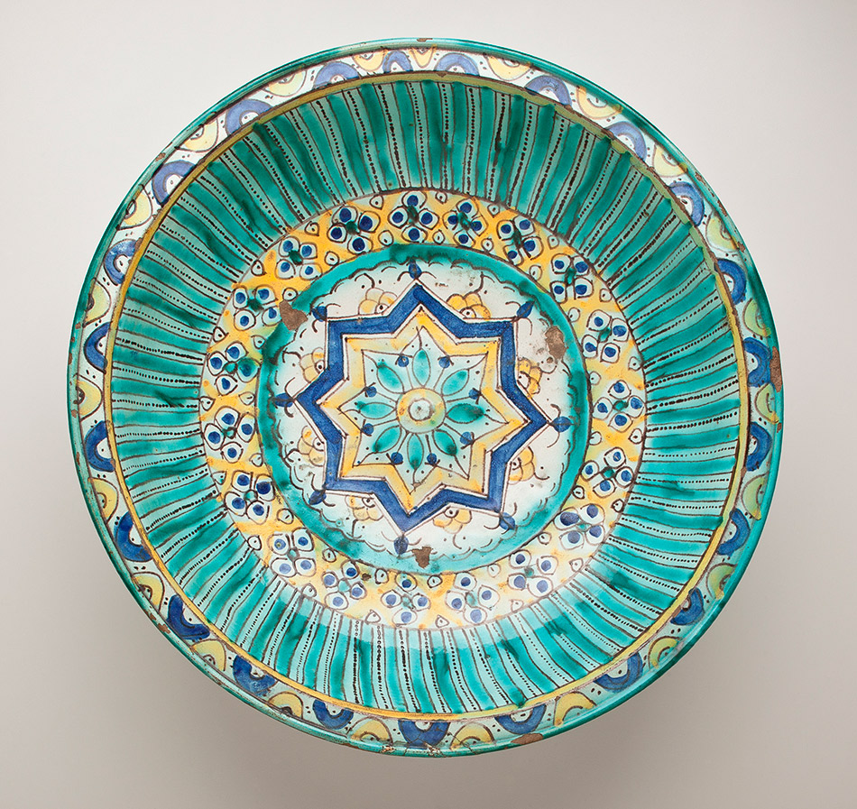 80.33_Unknown,-Bowl-with-Eight-Pointed-Star,-Floral-and-Geometric-Motifs_950w