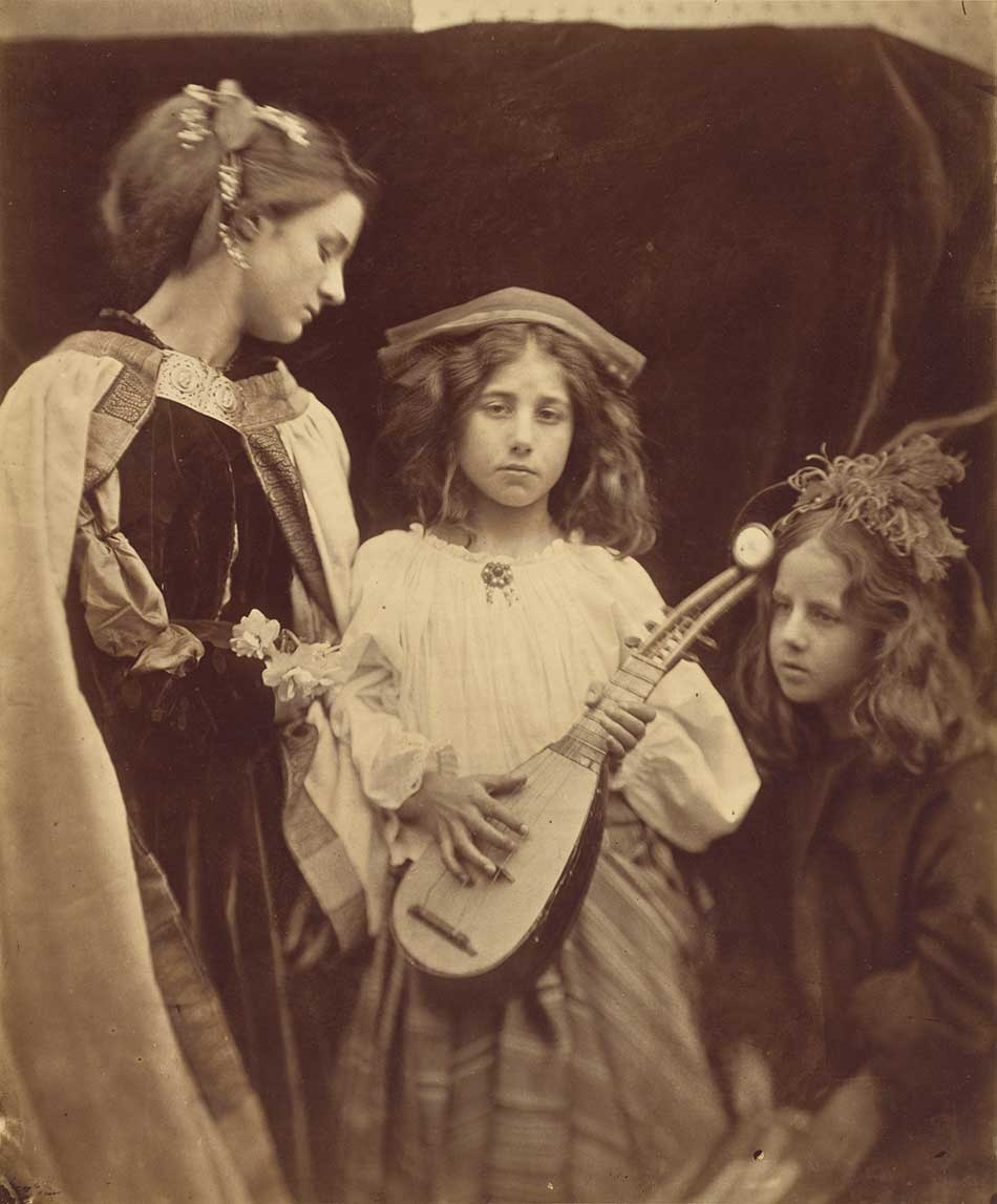 Julia-Margaret-Cameron_A-Minstrel-Group,-1867