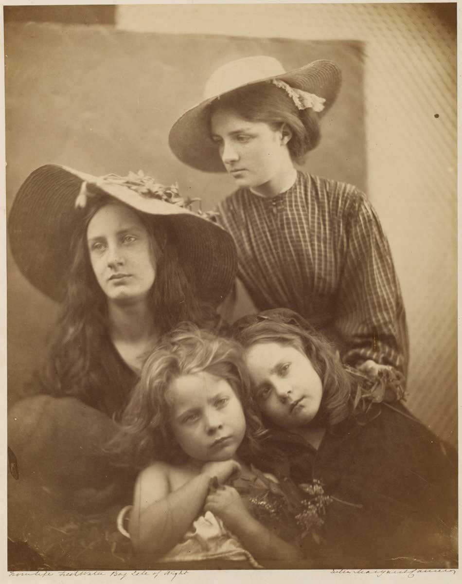 Julia-Margaret-Cameron_Summer-Days_1866_950-W.jpg
