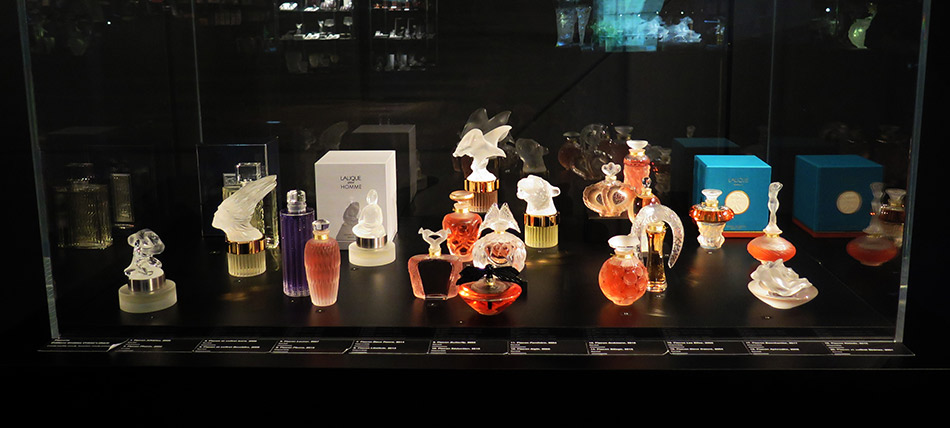 Musee-Lalique-Limited-Editions-Window_950-W