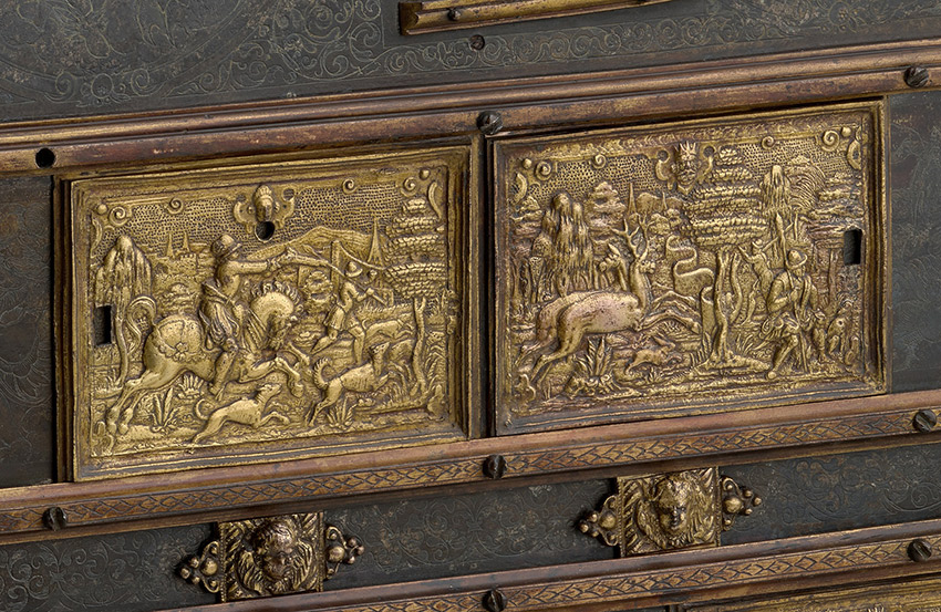 Alchemical-Furnace-of-Elector-August-of-Saxony,-ca-1575_MAKING-MARVELS_-The-Metropolitan-Museum-of-Art,-New-York_detail-1_850-W