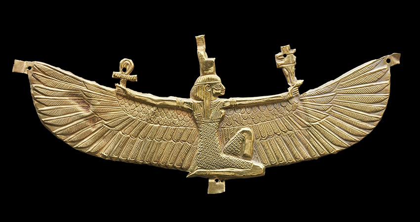 Winged-Isis-pectoral_01_850_W