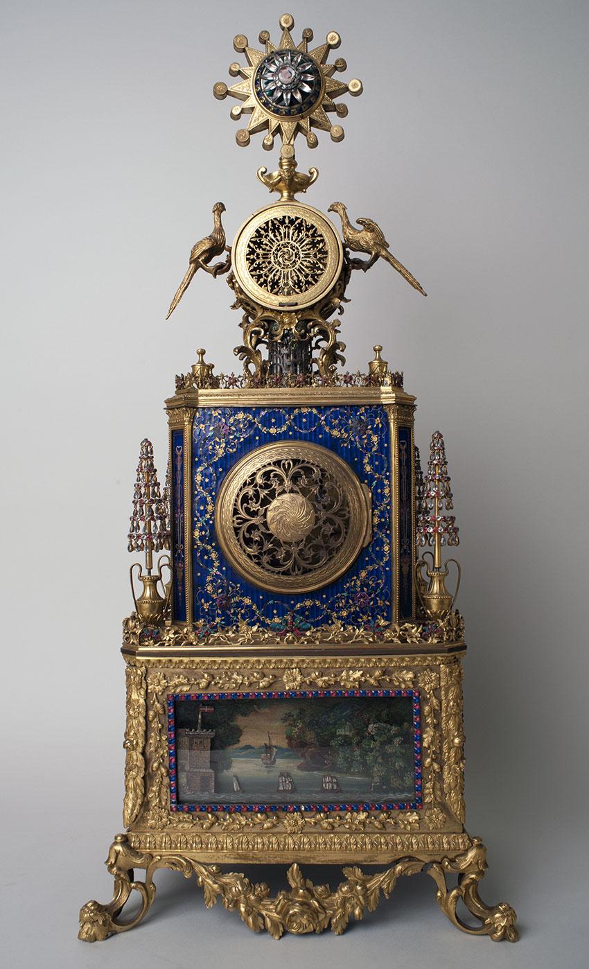 14_Gran reloj de sobremesa de Guangzhou. (1765-1790) Medidas 85x36x25.5 cm. Nº inv. R.A. 358