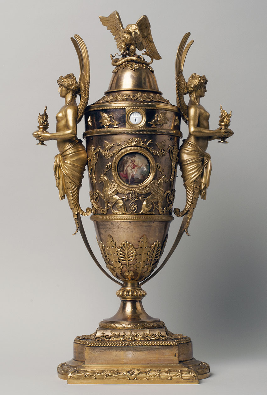 20_Anfora. Reloj frances, automata Circa 1800. 60 x 32 x 20 cm. Nº Inv. P.O. 090