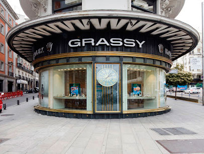 Grassy-fachada-1-RET