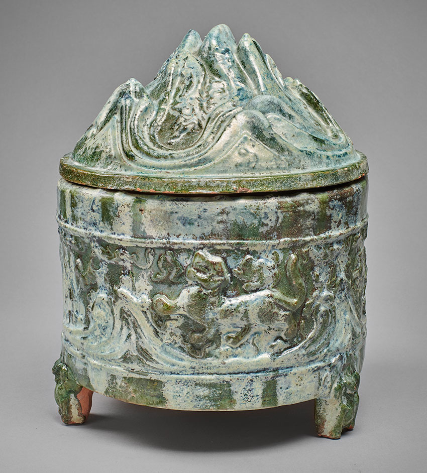 37_-STEPHEN-LITTLE-Chapter_Lian-vessel-in-form-of-the-island-of-the-Immortals_-glazed-terracotta_Han-dynasty_-30-×-22-cm_page-183_850_w