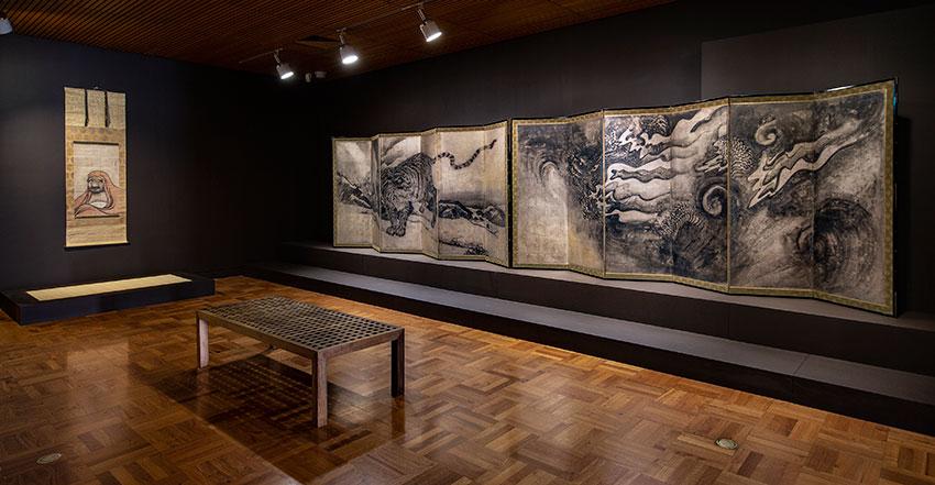 SAMURAI-Exhibition-Installation-Adobe-RGB-4000px-Photo-Saul-Steed-0Z2Y5225