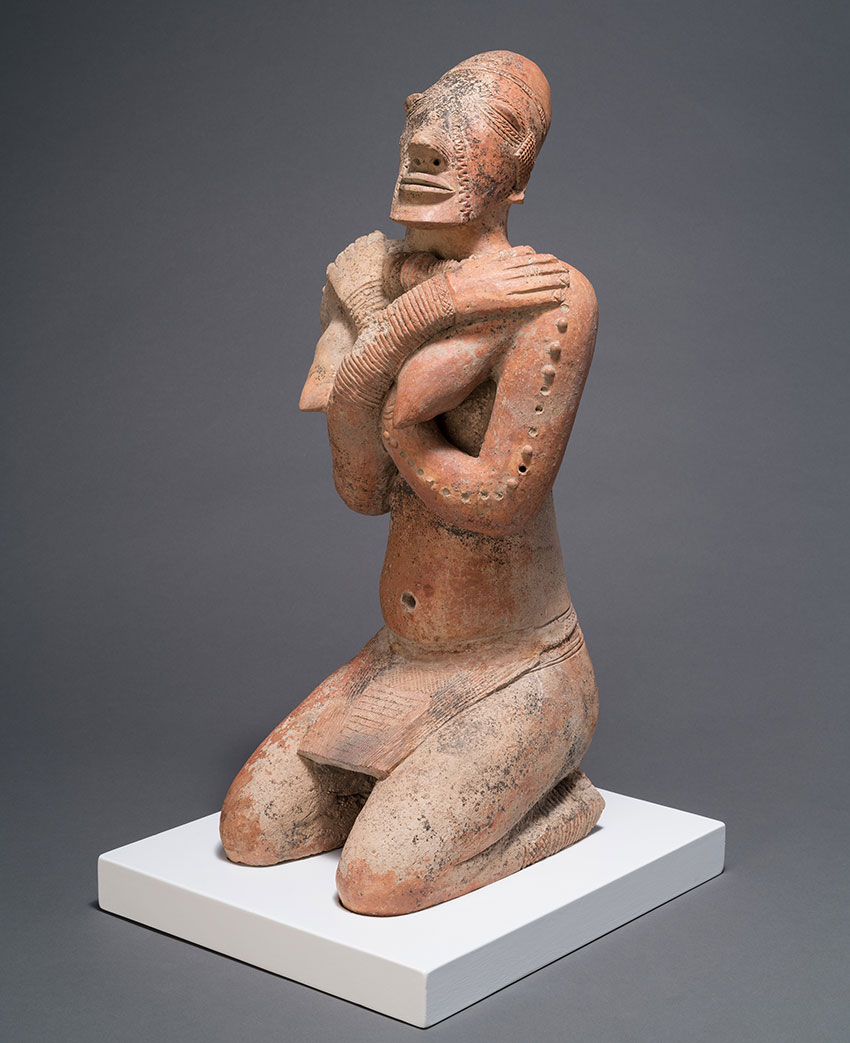 Kneeling Female Figure with Crossed Arms. Middle Niger civilization, Mali. 12th–14th century_African Art
