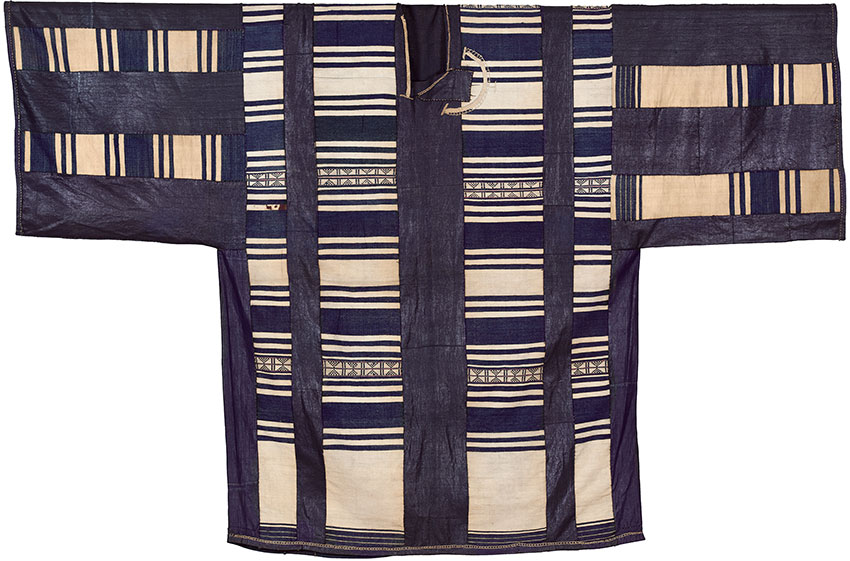 Tunic. West Africa Before 1659 Cotton and indigo_African Art