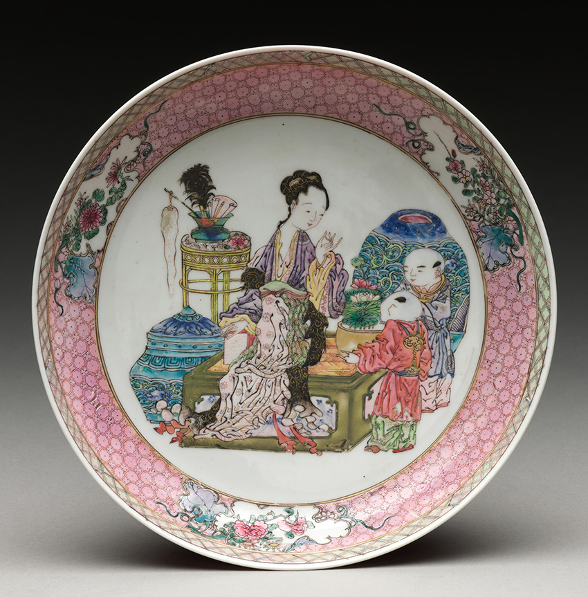 Children-to-Inmortals_MET-Museum_Dish-with-scene-of-a-family_Qing-dinasty_DP-15944-011_850