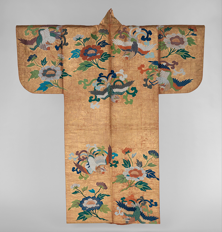 MET-Museum_-Kyoto_Noh-Costume-_Nuihaku_-with-Phoenixes-and-Peoniessecond-half-18th-century_DP277701_850-W