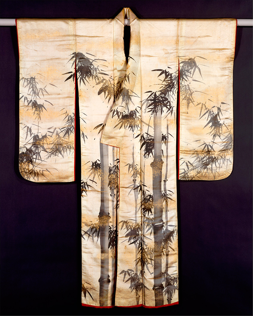 MET-Museum_-Kyoto_Over-Robe-Uchikake-with-Bamboo-first-half-of-the-18th-century_DT10497_850-W
